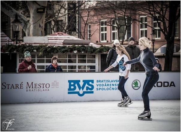 ice-skating-235540_960_720